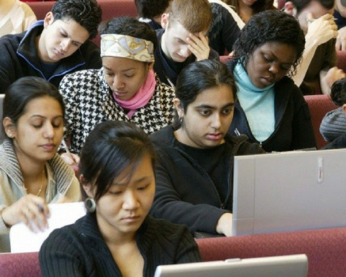 Indian universities observe dip in foreign applications
