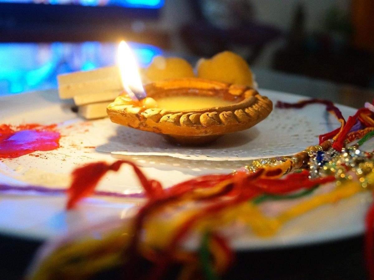 Happy Raksha Bandhan 2020: Rakhi Wishes, Messages, Quotes and Images