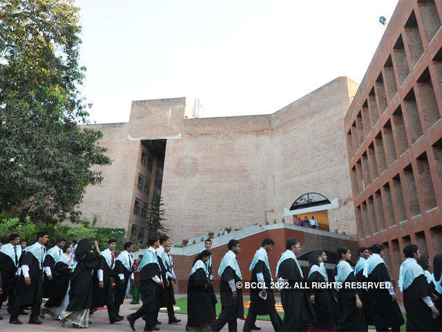 New IIM-Ahmedabad batch witnesses rise in Arts students; up from 3% to 5% in current batch