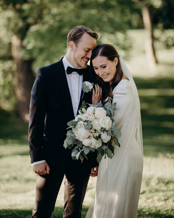 Finland's Prime Minister Sanna Marin ties the knot