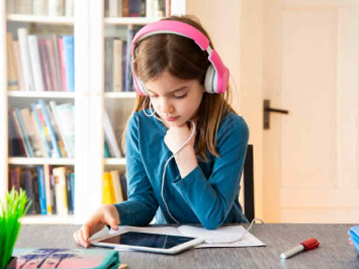 Around 75% parents prefer online learning for children even after schools reopen, reveals survey