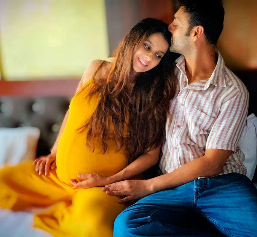 Kasam Tere Pyaar Ki actress Pranitaa Pandit and husband Shivi Pandit welcome a baby girl