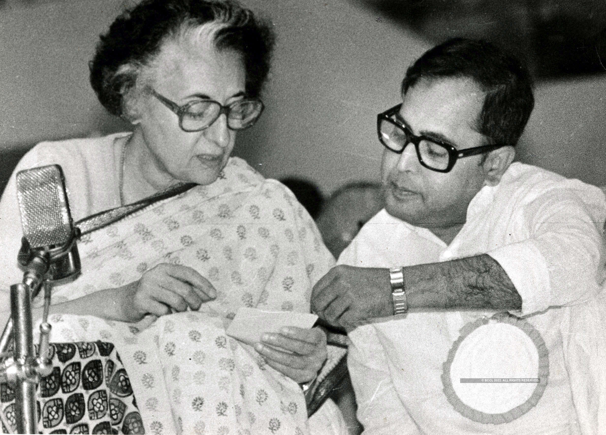 Rare and unseen pictures of Pranab Mukherjee Photogallery - ETimes