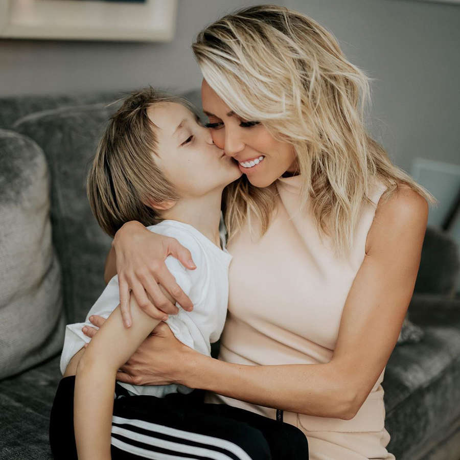 Fashionista reporter Giuliana Rancic is winning hearts with her alluring photos on social media