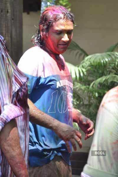 Bappi Lahiri's Holi bash 2011