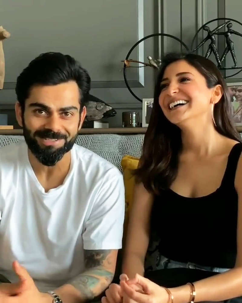 Anushka Sharma flaunts her baby bump in this new picture