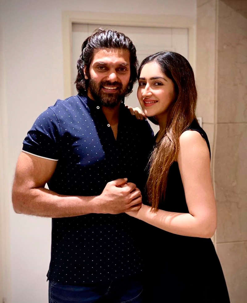Sayyeshaa's birthday pictures with Arya go viral on social media