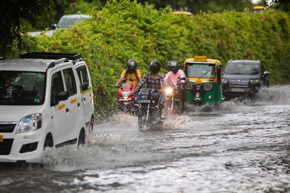 Delhi-NCR witness heavy rain, waterlogging and traffic snarls