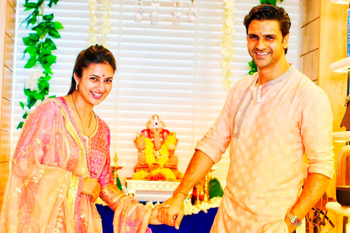 Divyanka Tripathi, Rashami Desai, Karishma Tanna and several other TV stars welcome Ganpati Bappa home