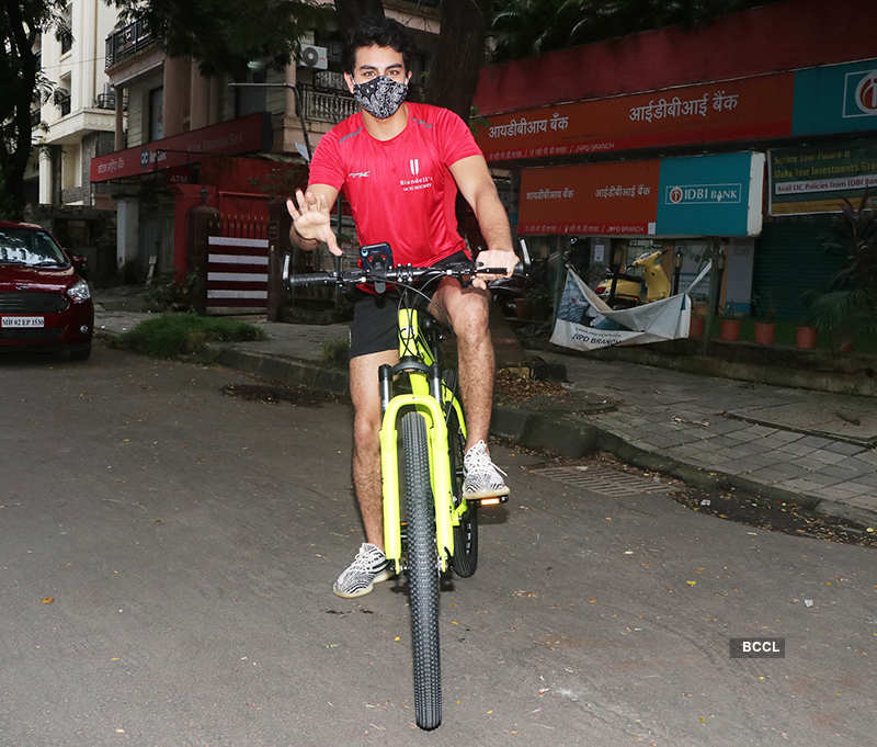 From siblings Ibrahim-Sara Ali Khan to Ranbir Kapoor, celebrities take to cycling to stay fit