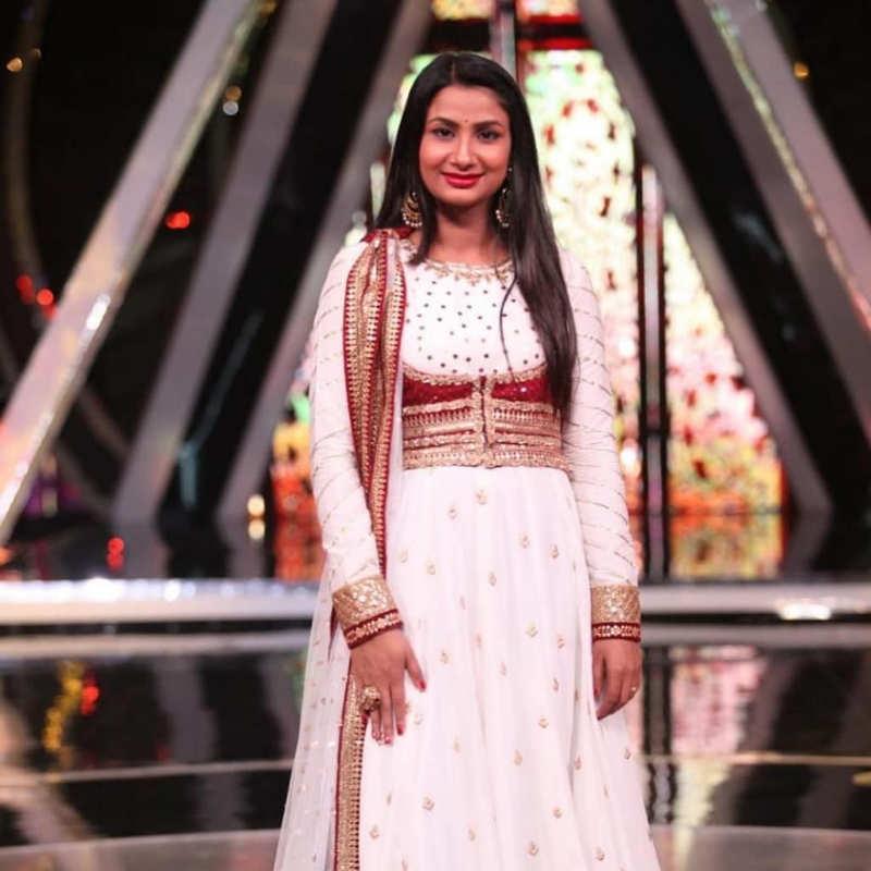 Indian Idol 10 singer Renu Nagar in critical condition after boyfriend dies by suicide