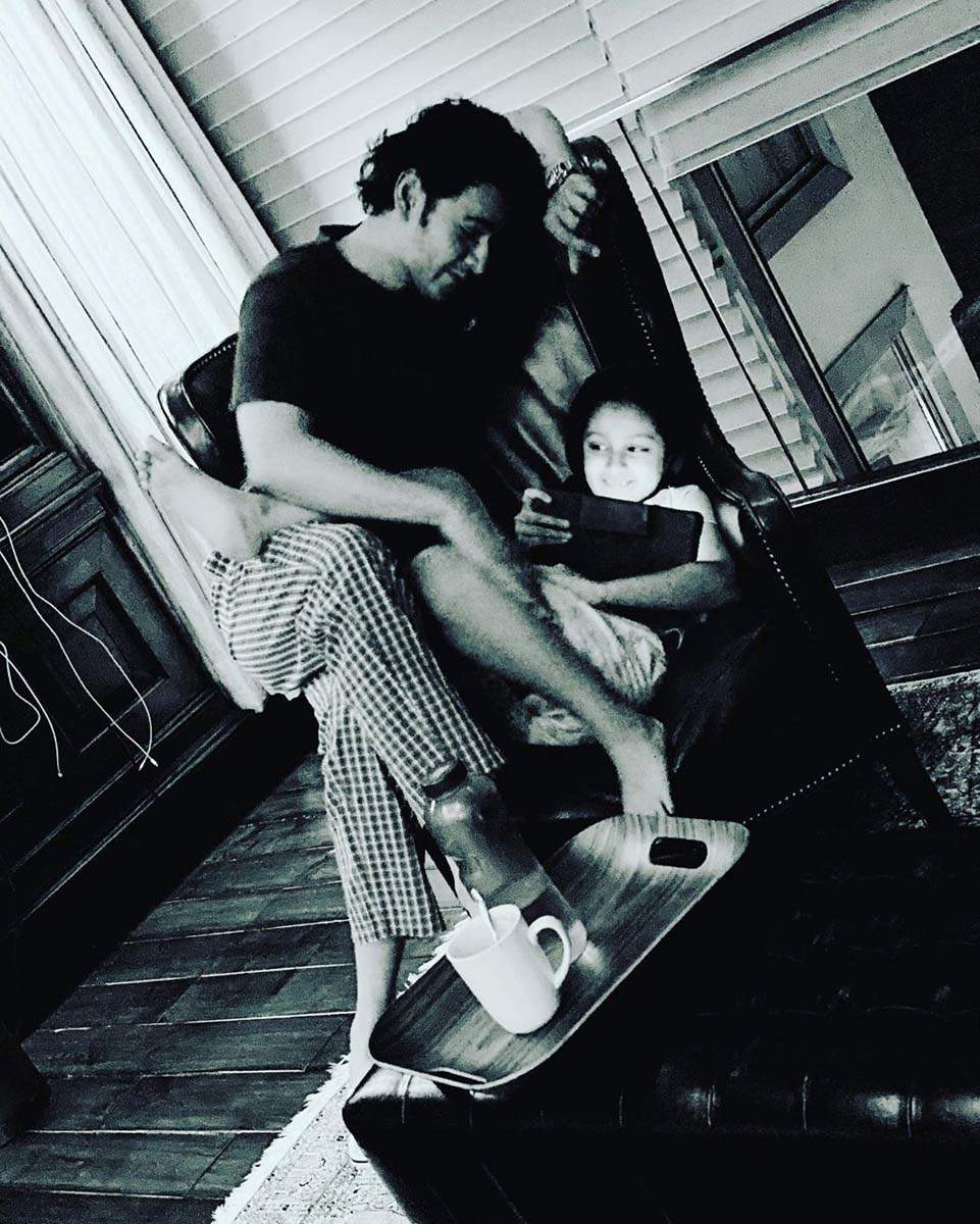 Mahesh Babu gives major daddy goals in these adorable pics shared amid Covid-19 pandemic