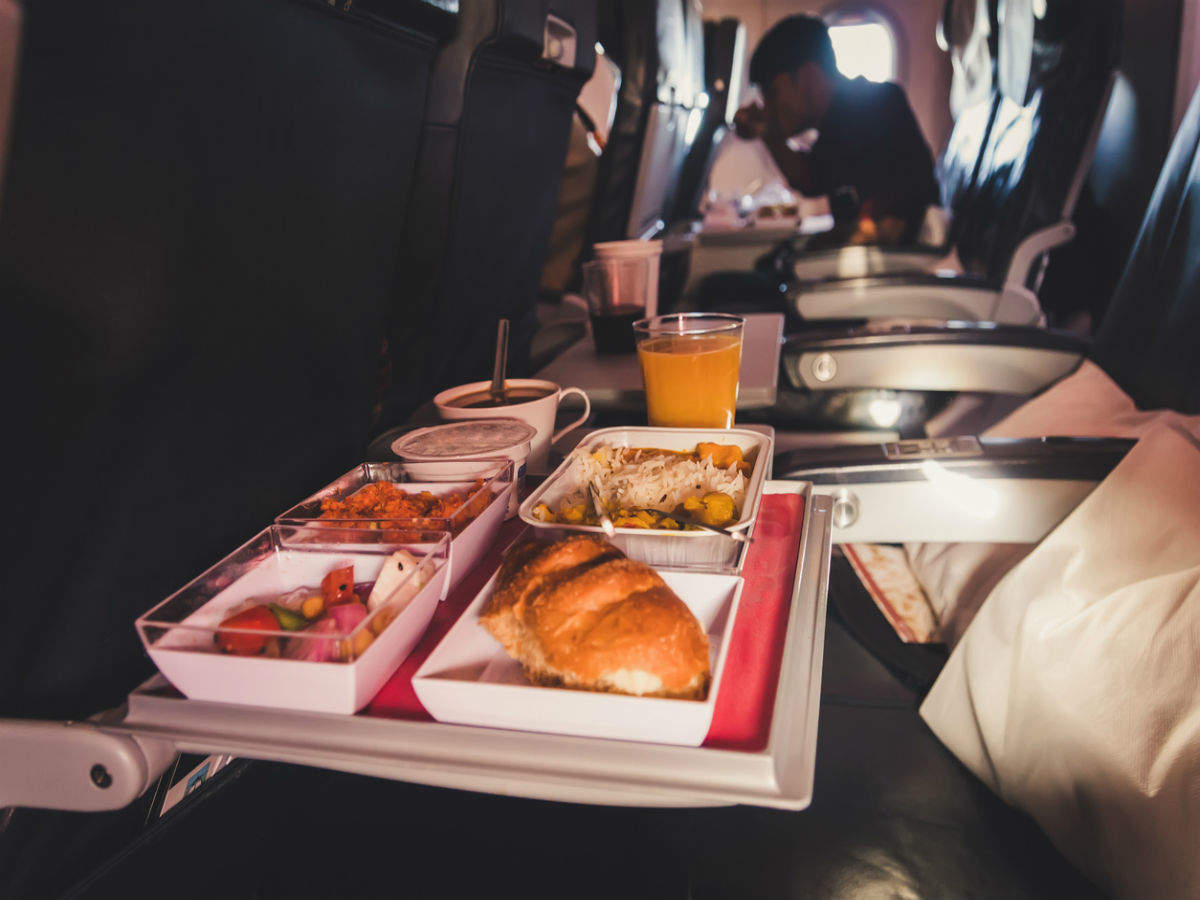 In-flight meals and drinks allowed in Indian airlines