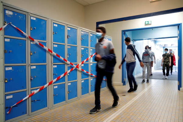 These pictures show the new school environment post COVID-19 lockdown