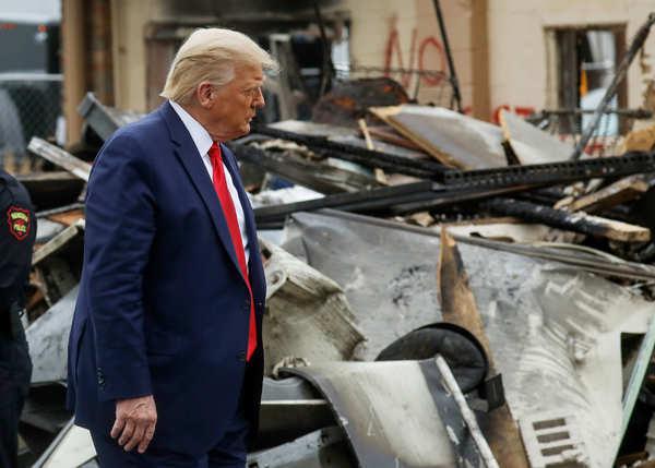 Donald Trump visits violence-hit Kenosha