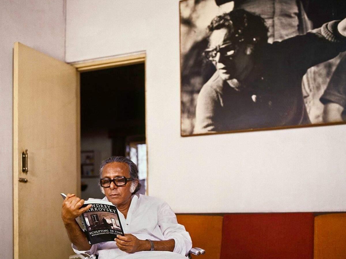Filmmaker Mrinal Sen, caught on camera by Ghosh