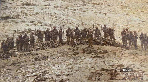 Chinese PLA attempts to close in on Indian position in Ladakh
