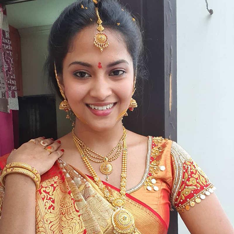 Telugu TV actress Kondapalli Sravani dies by suicide