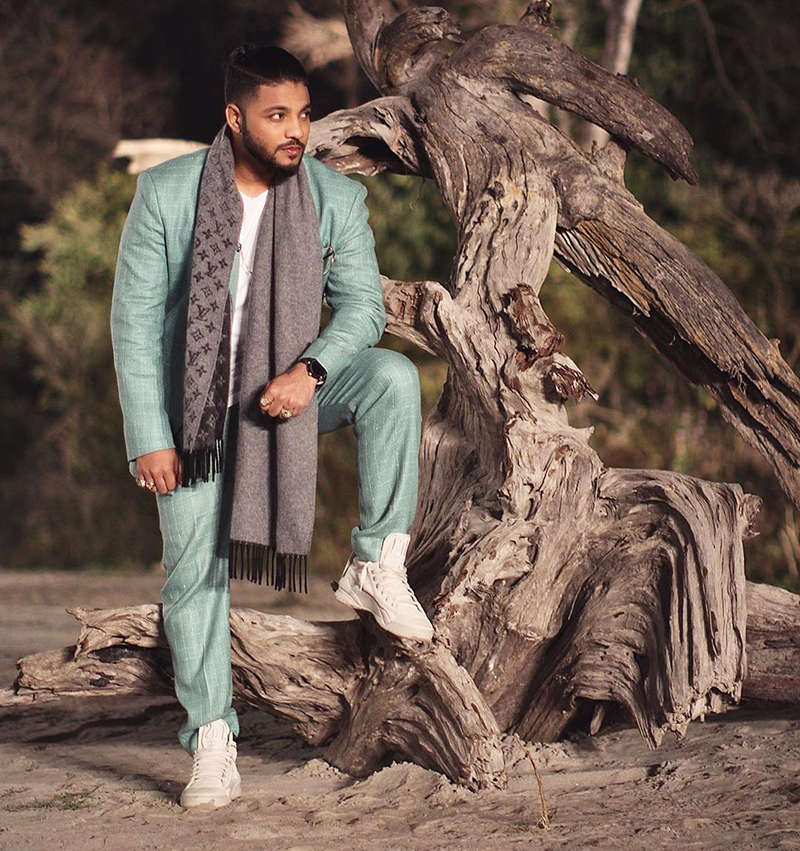"Rapper Raftaar feel there's a ""Technical Error"" after he tests positive for COVID-19"