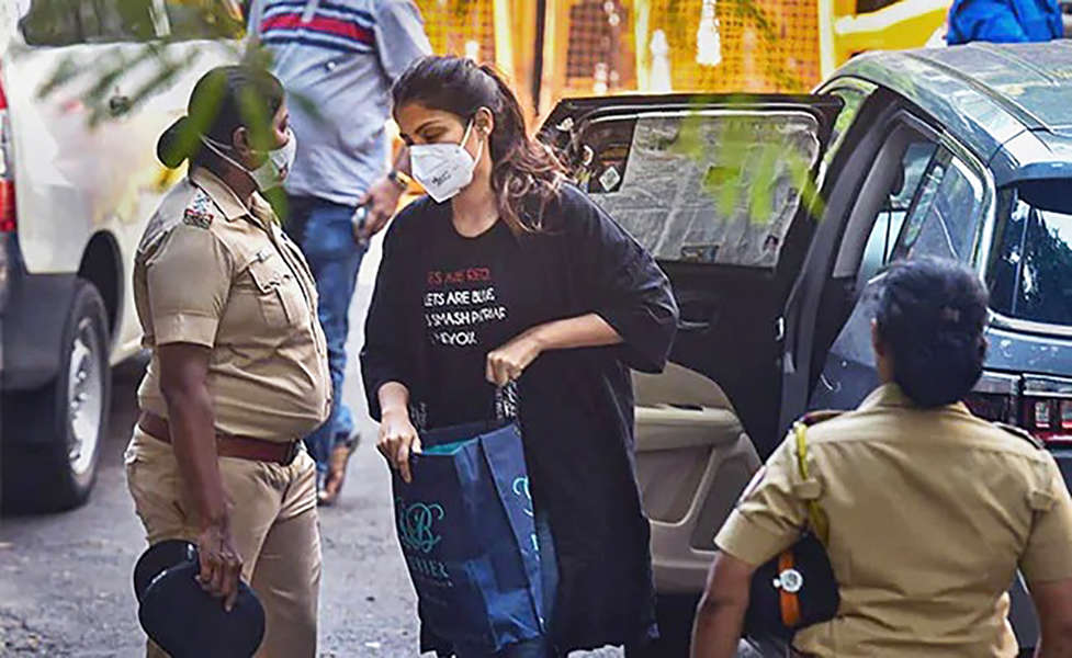 Bail plea of Rhea Chakraborty & other accused gets rejected in drug case