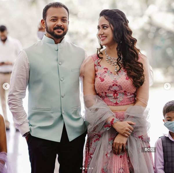 Inside pictures of actress Miya's marriage ceremony go viral
