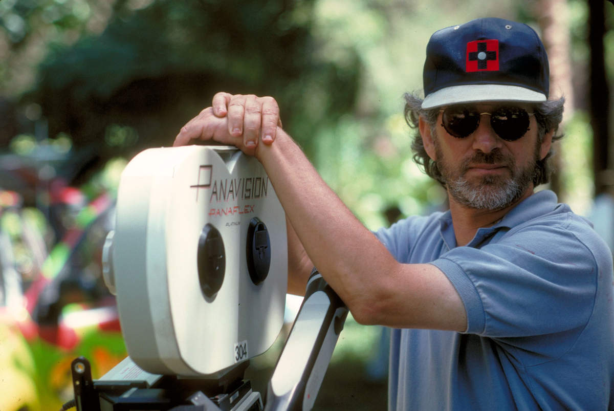 Steven Spielberg warns his viewers about the animated version of 'Jurassic World', let's find out!