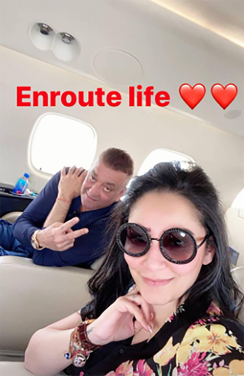 Sanjay Dutt & Maanayata Dutt pose for selfie, jet off to Dubai to meet their twins