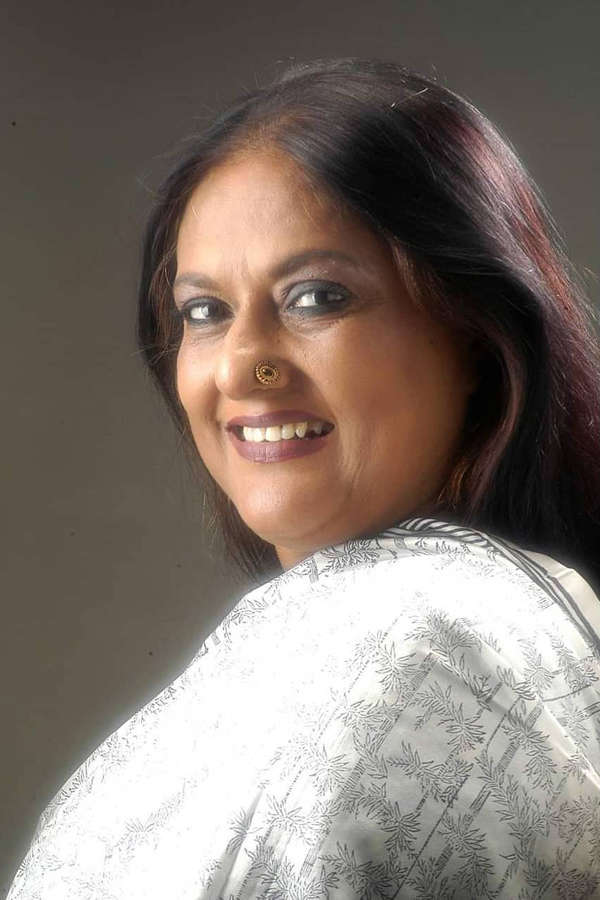 Fashion Designer Sharbari Dutta dies at 63