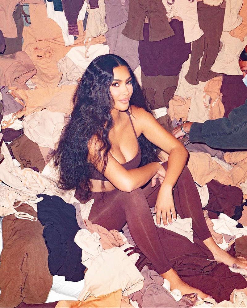 Kim Kardashian teases fans with her captivating photoshoots