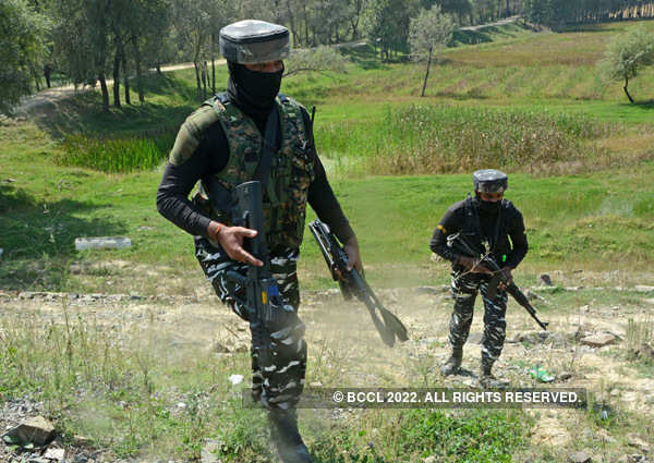 Terrorists attack CRPF party in Srinagar's Nowgam