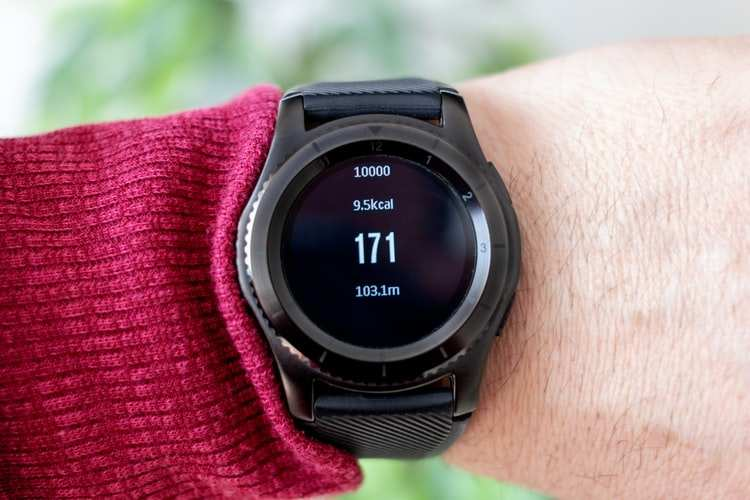 Fitness bands and smartwatches to track your oxygen level