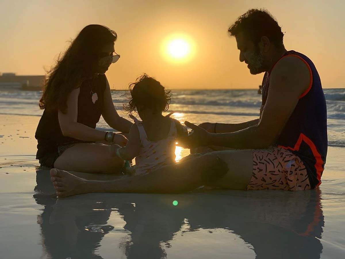 These romantic pictures of Rohit Sharma and Ritika Sajdeh will restore your faith in love