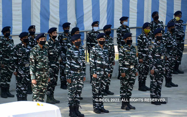 Wreath laying ceremony of CRPF personnel held in Srinagar
