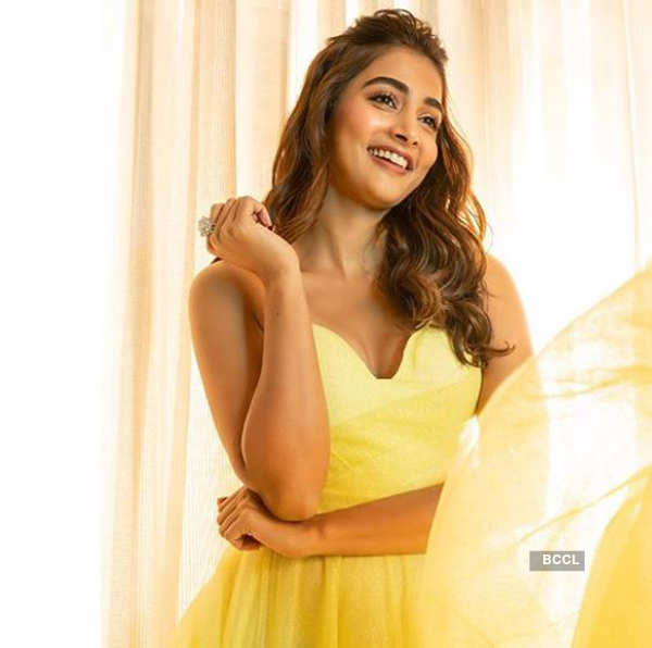 Actress Pooja Hegde's bewitching pictures go viral on cyberspace!