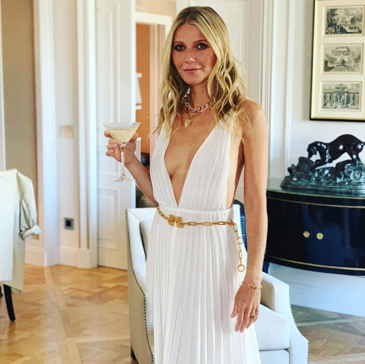 Gwyneth Paltrow stuns the internet with her beautiful 'birthday suit' picture