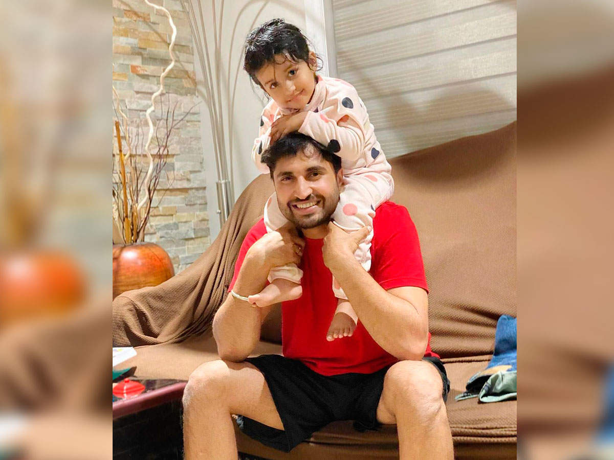 THIS picture of Jassie Gill with daughter Roohjas is all things adorable