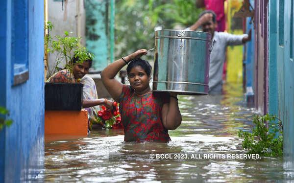 Hundreds of families affected by Krishna river flood in AP's Vijayawada