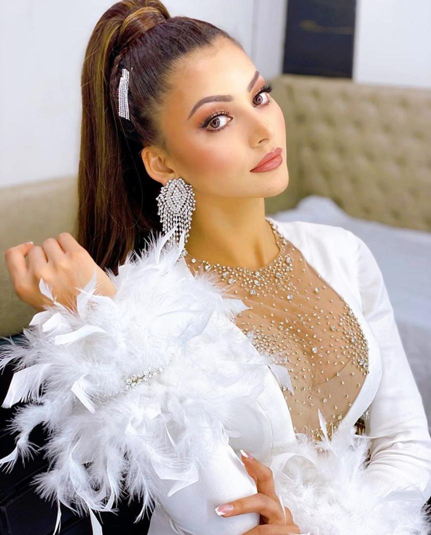 Glamorous photoshoots of the stunning Urvashi Rautela