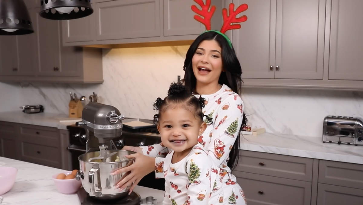 Fashion icon Kylie Jenner's mommy moments with her daughter will make your heart melt