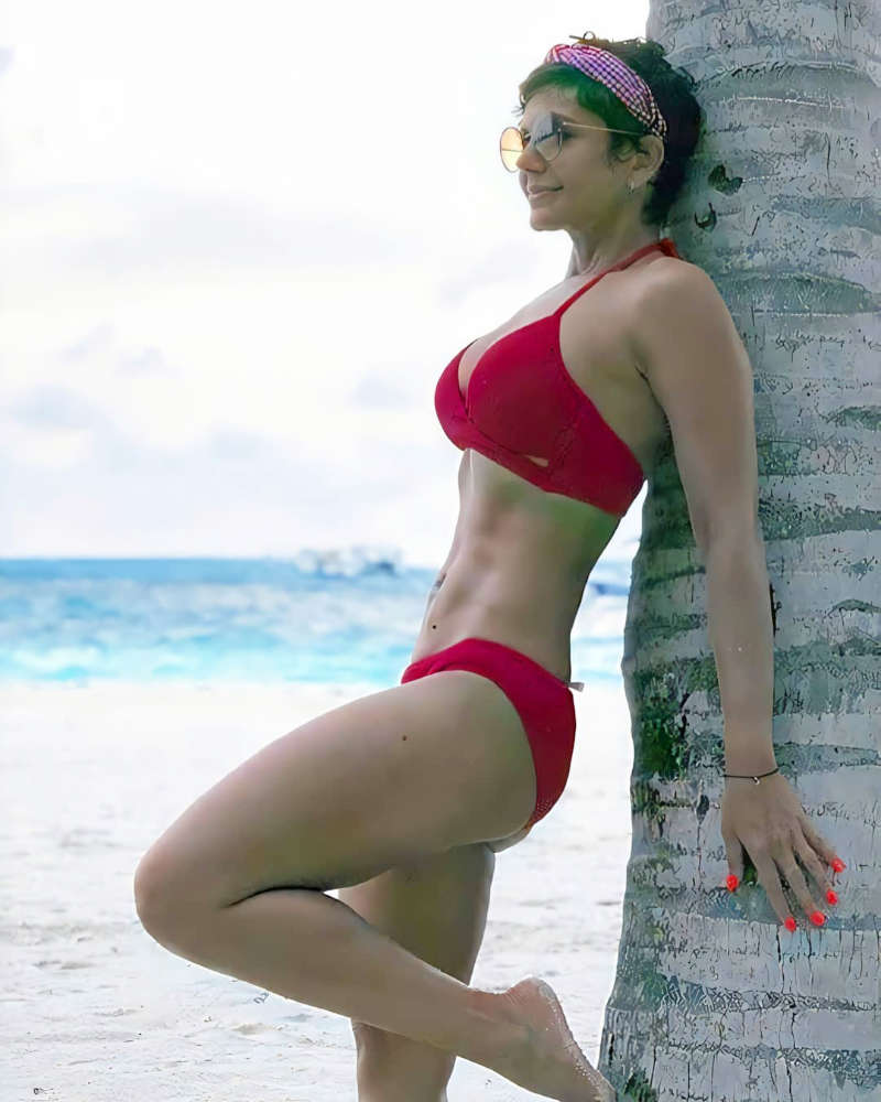 Mandira Bedi's pictures from her Maldives holidays will surely make you miss your vacations!