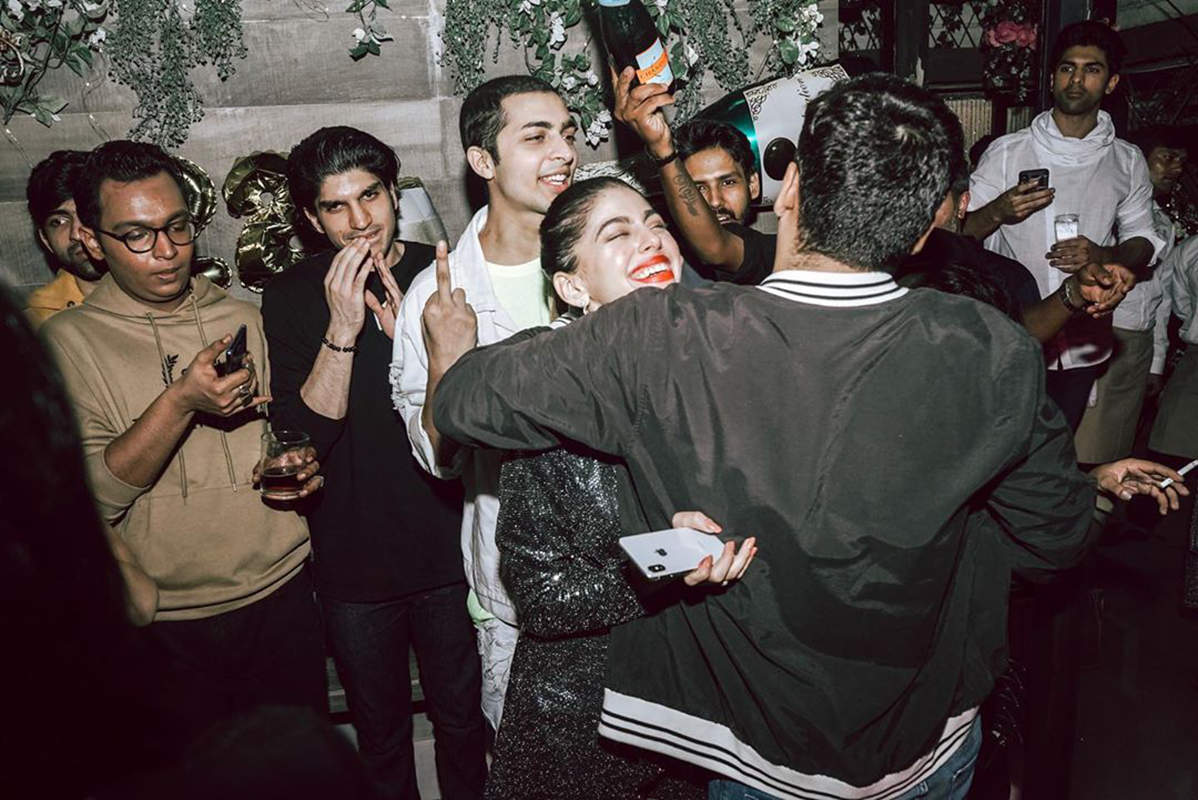 Pictures of Alaya F from Bal Thackeray's grandson Aaishvary's birthday party go viral