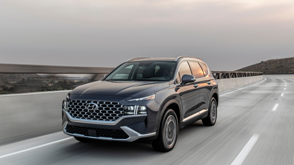2021 Hyundai Santa Fe: Innovative luxury at your service