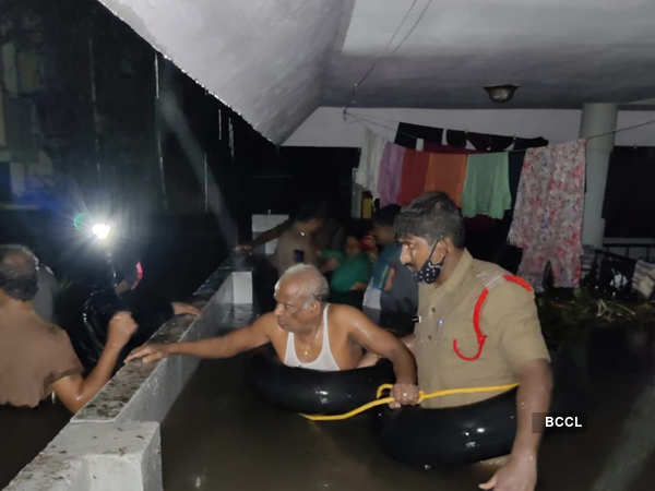 Massive rain disrupts normal life in Hyderabad
