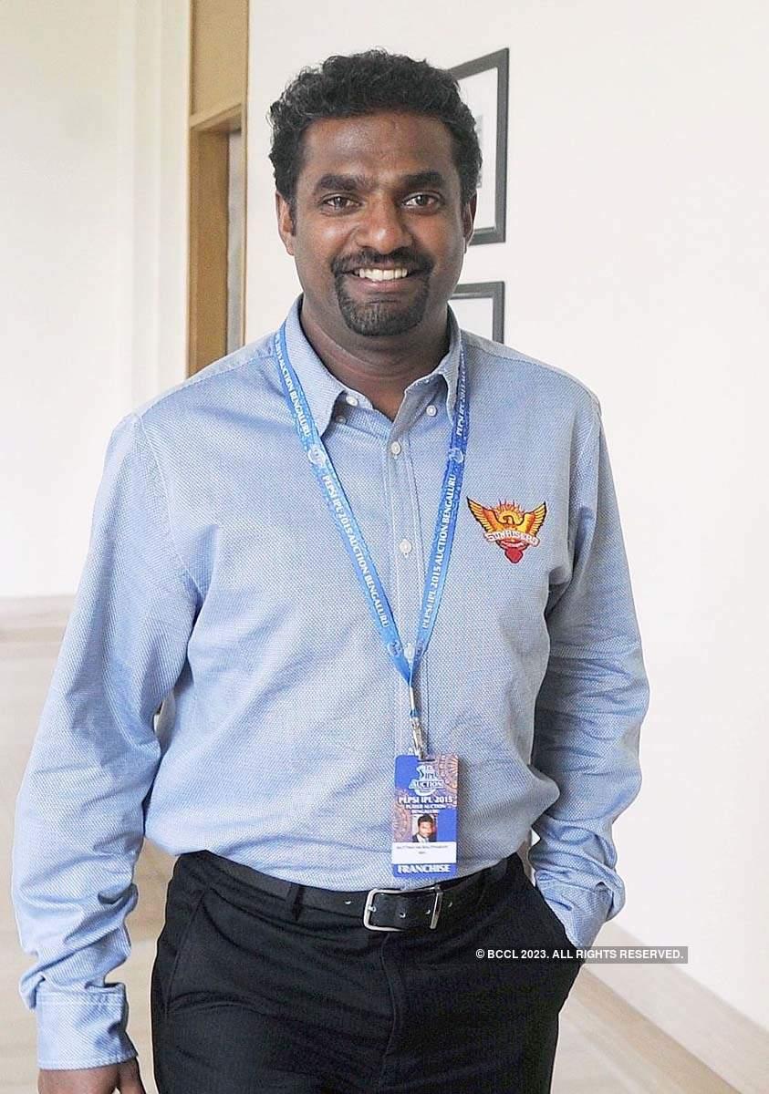 Vijay Sethupathi draws flak from netizens for starring in Sri Lankan cricketer Muralitharan's Biopic