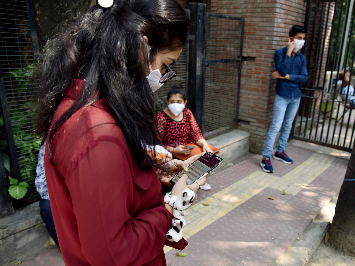 DU Admissions 2020: First cut off closes, 2nd cut off may release on Saturday