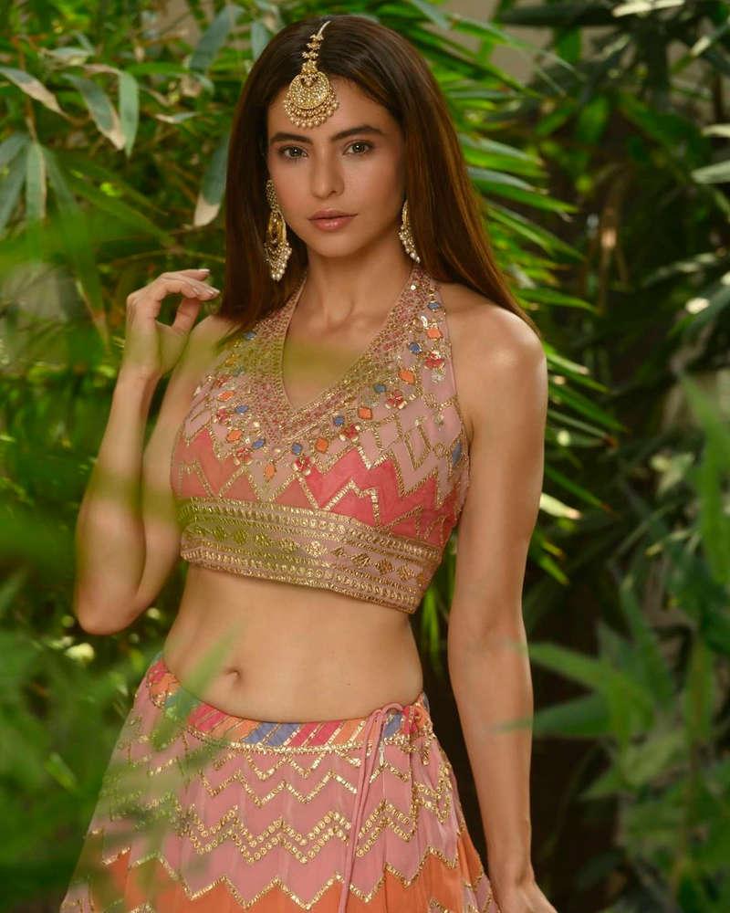 Amazing transformation of Kashish (Aamna Sharif) from 'Kahiin To Hoga'
