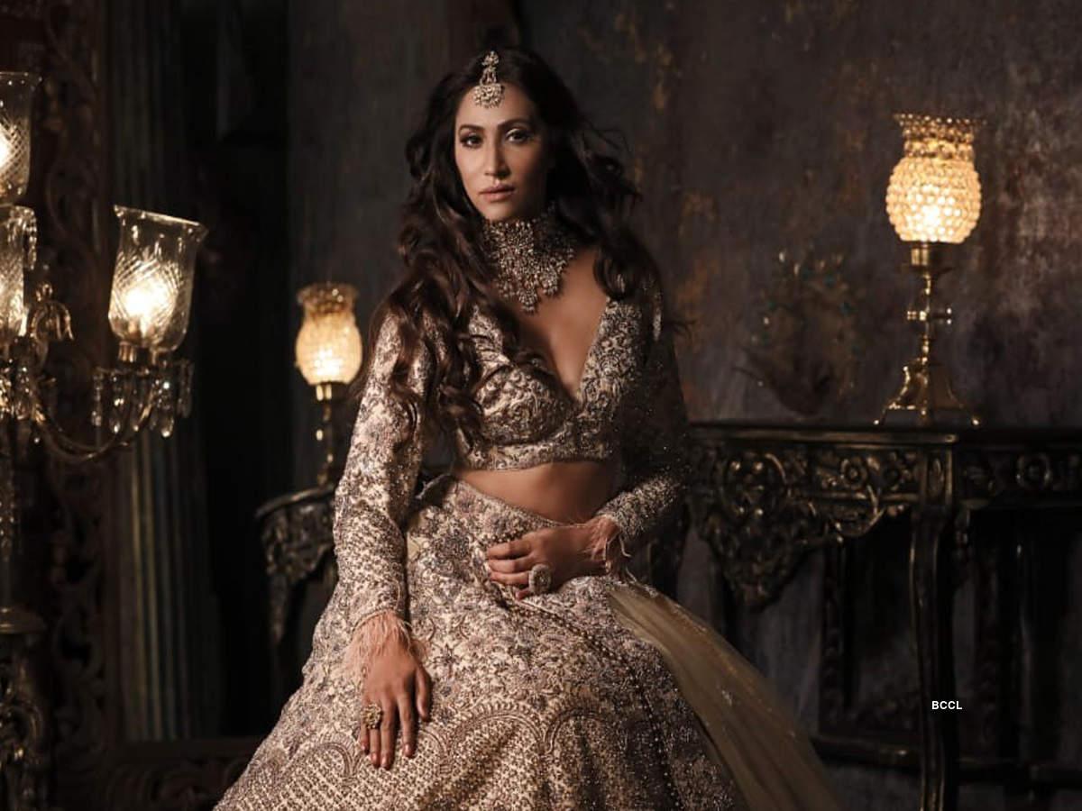 Rishina Kandhari (3) - Copy