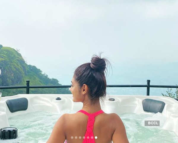 Pictures of Nazar actress Sreejita De soaking in a lavish jacuzzi