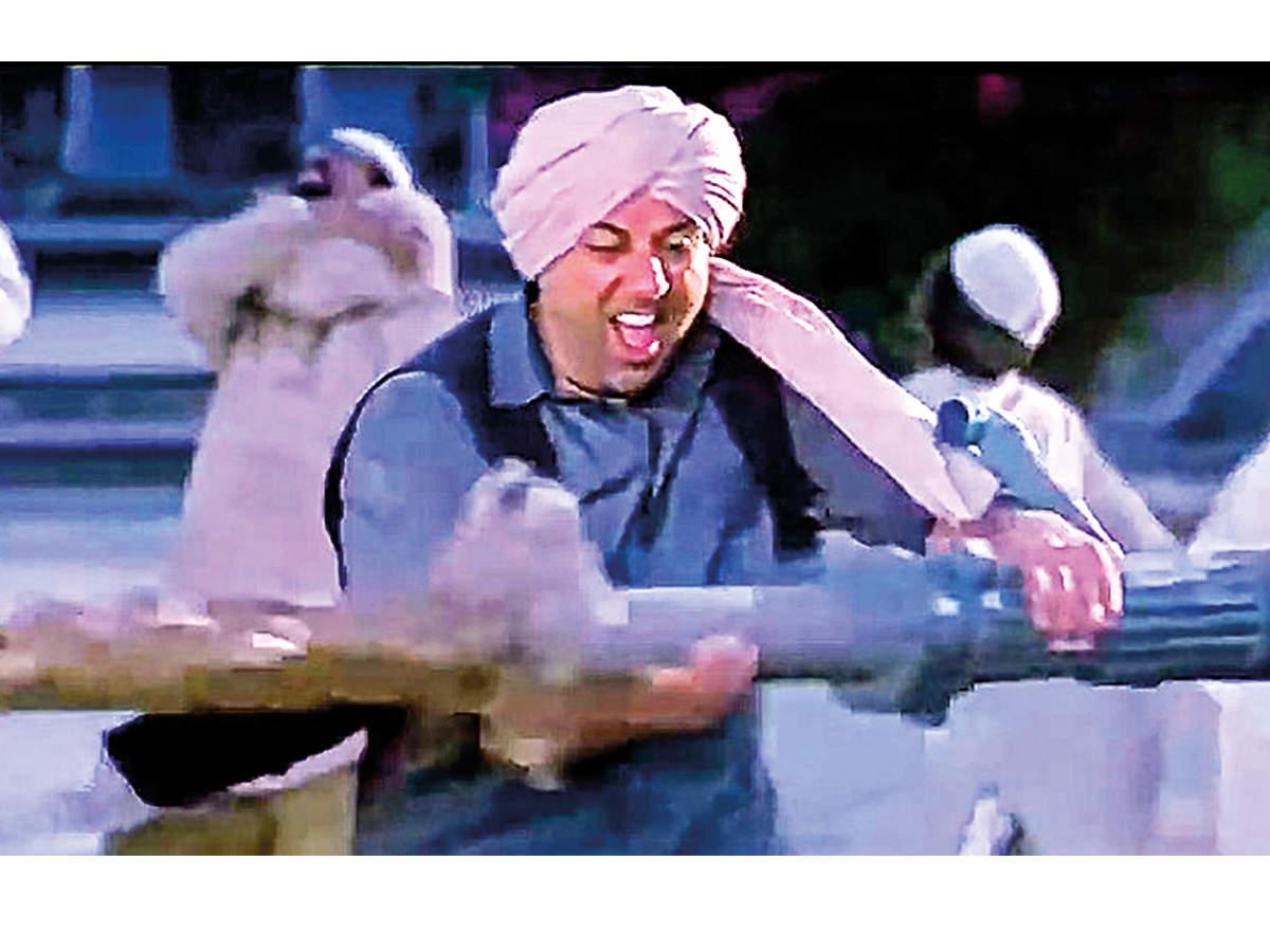 Gadar: Ek Prem Katha was shot in Lucknow in 2001 (BCCL)