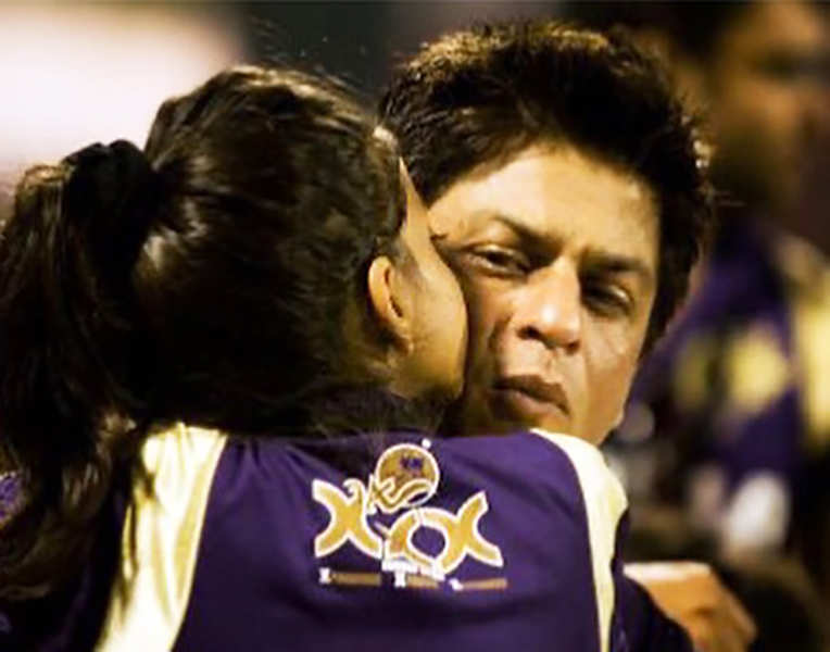 New glamorous pictures of Shah Rukh Khan's daughter Suhana Khan